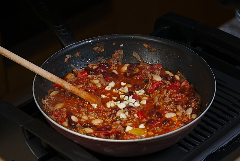 chili con carne garlic